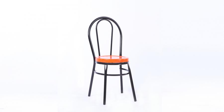 ბარის სკამი პლასტიკური ზედაპირით