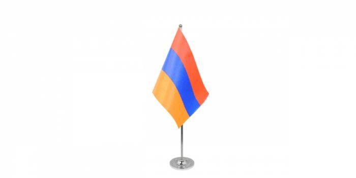 სამაგიდე დროშა სომხეთი, 15X22.5სმ.