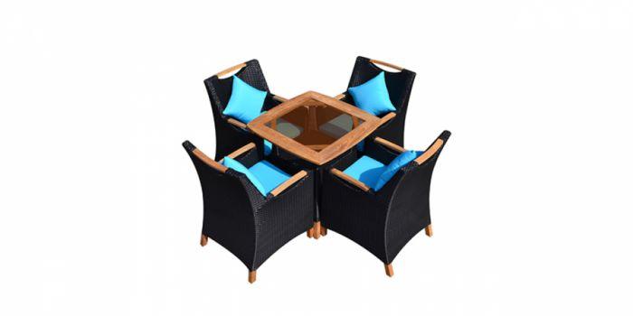 რატანის მაგიდა 4 სკამით, ხის კარკასით